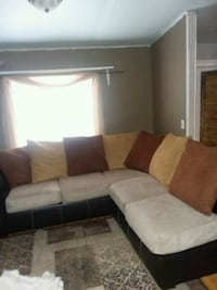 Seconial sofa set is in Mint Condition .  Houma, 70360