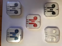 five assorted-color Apple EarPods with cases Montréal, H4R