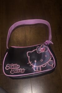 Hello kitty kids purse Coquitlam, V3K 6Y8