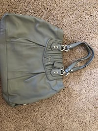 """Coach grey leather bag """"Authentic """" Palmdale, 93551"""