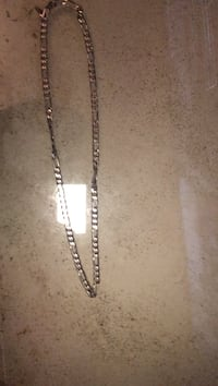 silver chain necklace with lobster lock Toronto, M4M