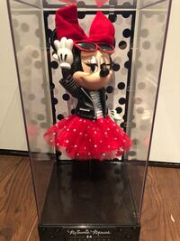 Limited edition Minnie Mouse signature collection brand new  Toronto, M2K 0C1