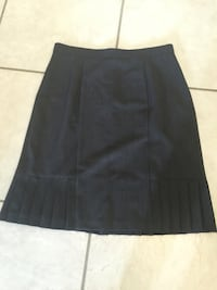 Grey pencil skirt. Size 10. Great condition.  Lake Charles, 70607