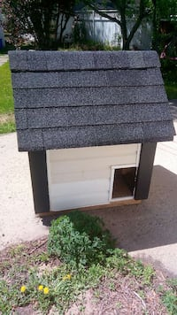 Im salling my dog house.. for $150  Division No. 8, T4E 0A1