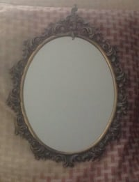Oval  antique brass metal mirror frame Montreal, H3X 2C7