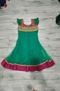 green and red sleeveless dress Surrey, V3W 0N3