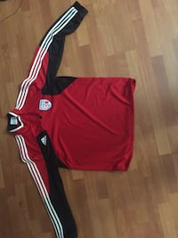 Red and white adidas jersey shirt Alexandria, 22302
