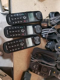 Pansonic cordelss phone & answering system with 3 handsets. Pine Plains, 12567