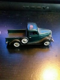 green utility pickup truck scale diecast model