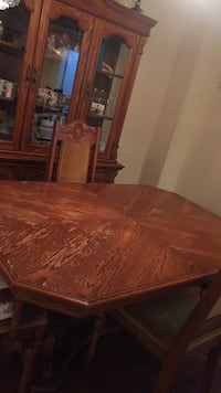 Dining table and Buffet(China Cabinet) Markham, L3S 2Y9