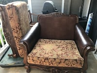 Chair, oversized with ottoman, great condition and comfy Anaheim, 92805