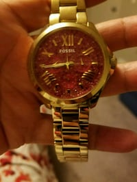 round gold-colored analog watch with link bracelet Edmonton, T6N 1N5