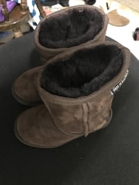 23e048d1f49 Used Brown Leather men's Ugg Boots Size 10.5 no trade/no shpping ...