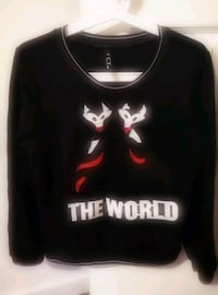 black and red crew-neck shirt(size s) 科奎特勒姆河