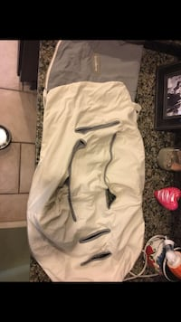 JJ Cole light weight bundleme in Excellent condition