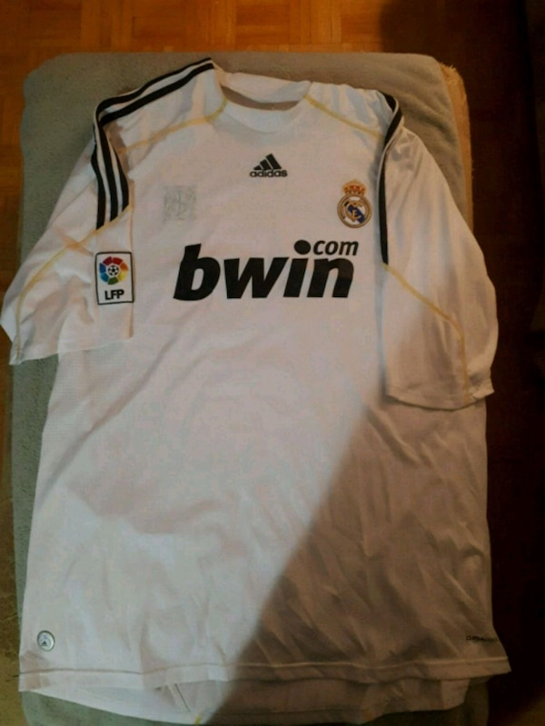 Used Real Madrid Ronaldo jersey. for sale in Whitby - letgo 0c65d645f