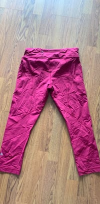 Lululemon crop pants Burnaby, V3N 4R8