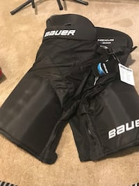 Brand new Bauer n8000 hockey pants Winnipeg, R3P 0L5