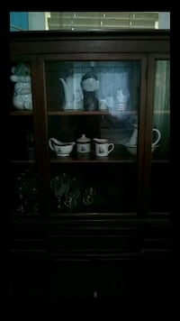 China cabinet one piece good condition