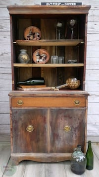 Hutch cabinet reclaimed