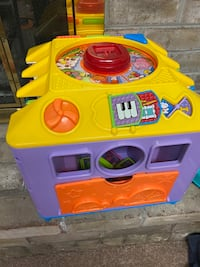 Toy toddler and baby fisher price activity center Hagerstown, 21740
