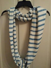Infinity Scarf NWOT Hagerstown, 21740