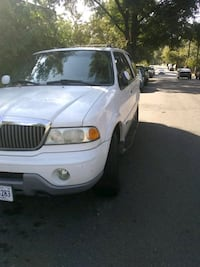 Lincoln - Navigator - 2001 Washington