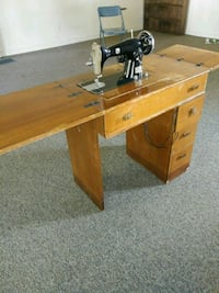 Antique Montgomery Ward Sewing Machine Niles, 49120