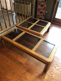 Coffee table and two end tables Mount Bethel, 18343