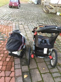 Baby's black and gray travel system Islip, 11706
