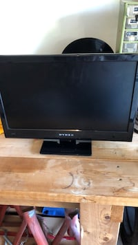 18 inch Tv (remote not included)  San Antonio, 78247