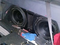 Subs 12 inch p2 and fosgate box 2500 amp. Springfield, 65810