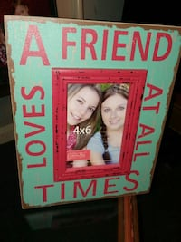 Friends wood picture frame holds 4 x 6 photo Missouri City, 77489