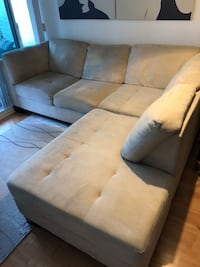 2 Piece Sectional Toronto, M2N