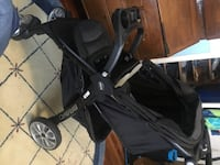 Bravo Black Stroller w/Free Diaper Trash ($50-$75 OBO) WASHINGTON