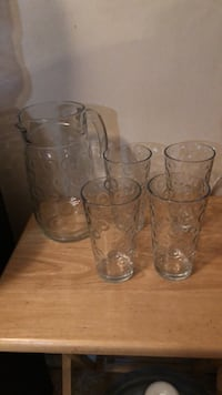 Glass   Pitcher Set never used  Hyattsville, 20782