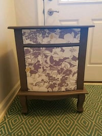 Decorative side table Aldie, 20105