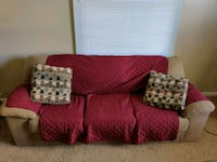 Couch 3 seater Omaha, 68106