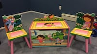 Dora toy box with matching chairs