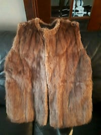 Fur vest great condition custom made $20 or best   Toronto, M6M 3P3