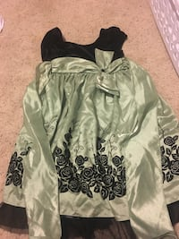 Girls Green Party dress. Size 10 Lakeside, 92040