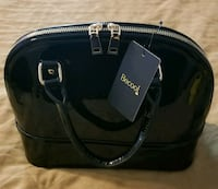 *NWT* black patent 'BeCool' brand, mini handbag Maple Valley, 98038