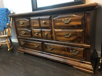 Solid wood dresser Surrey, V3R 7Y9