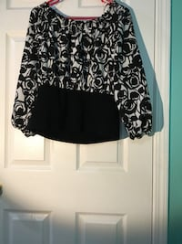 black and white floral long-sleeved dress Mississauga, L5W 1E2