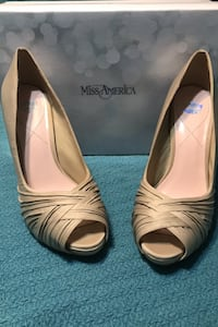 Miss America Womens Gretchen Heels Pumps Peep Toe Sz 9 Champagne Shoes Pelham, 35124