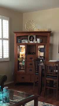 China hutch display case 200  Holtville, 92250