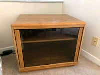 Wooden TV stand with storage space Los Angeles, 90012