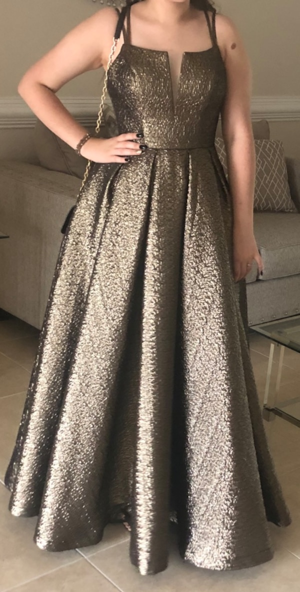 dc147c5ee798c Used women's gray sleeveless dress for sale in Brownsville - letgo