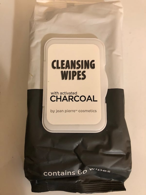 Charcoal Facial Cleansing Wipes  57d88d2c-f69f-4bec-a85f-d76377614d63