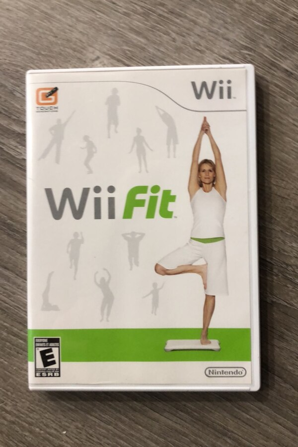 Wii balance boards, Wii fit plus, Zumba fitness 2 0f4322eb-0f68-4380-9c3a-3c02718fce96